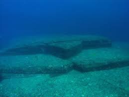 Underwater ledges
